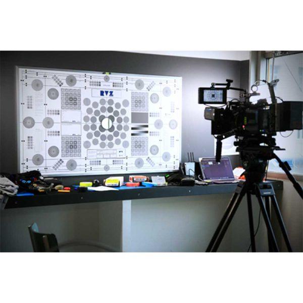 Mire de calage optique YOTTA de chez Prêt À Tourner RVZ PARIS